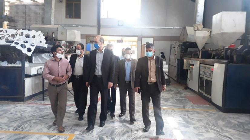 بازدید فرماندار شهرستان فردوس از واحدهای تولیدی شهرک صنعتی